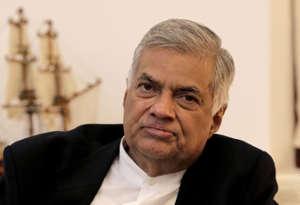 श्रीलंका राजनीतिक संकट : पीएम रणिल विक्रमसिंघे का आरोप, संसद में बहुमत जुटाने के लिए खरीदे जा रहे सांसद