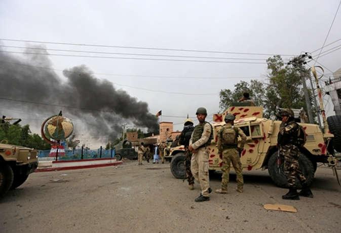 अफगानिस्तान में तालिबानी आतंकियों ने किया हमला, 14 लोगों की मौत