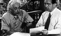 आइंस्टीन के लेटर्स बिके करोंड़ो में, जानिए इनमें क्या है खास