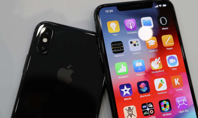 पहली बार आए डुअल सिम आईफोन्स,इनमें हैं ऐसे फीचर्स कि आईफोन x को भूल जाएंगे