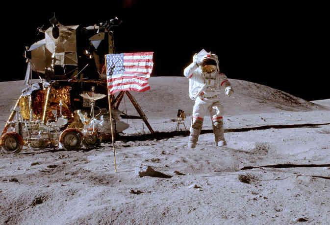 apollo 11 50th anniversary: लूनर मिशन की कामयाबी से मानवता को मिले गिफ्ट जिन्हें हम उपयोग में ले रहे हैं