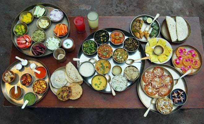 यहां मिलेगी 'बाहुबली थाली',इस शहर में बाहुबली थीम पर सजा रेस्टोरेंट