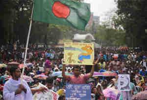 सरकारी नौकरियों में आरक्षण खत्म करेगा बांग्लादेश