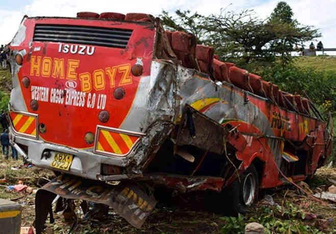 केन्या में बस दुर्घटनाग्रस्त,50 लोगों की मौत