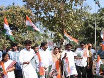 Maharashtra Assembly Elections 2019 : कांग्रेस ने नासिक सेंट्रल से हेमलता पाटिल और शिरडी से सुरेश थोराट को उतारा