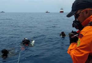 इंडोनेशिया में उड़ान भरने के तुरंत बाद क्रैश होकर समुद्र में डूबा यात्री विमान, 189 लोग थे सवार