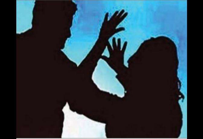 देहरादून : महिला आयोग में मां की गुहार, बेटे आैर बहू से बचाआे