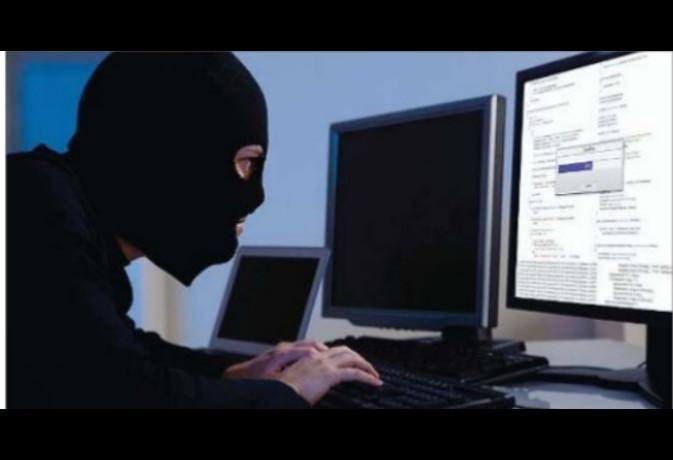 डेटा चोरी कर बनाई डुप्लीकेट फर्म, केस दर्ज
