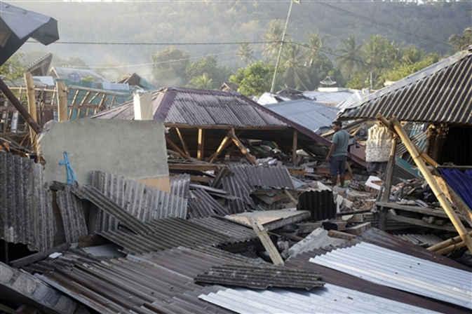 इंडोनेशिया में फिर आया भूकंप, चार दिन के भीतर 355 झटके किये गए महसूस