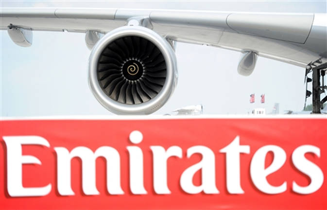 अमीरात एयरलाइन्स की फ्लाइट में एक साथ बीमार पड़े 19 यात्रियों में से 11 को फ्लू