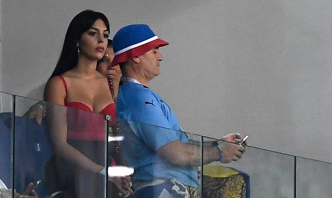 पुर्तगाल की हार का गुस्सा फूटा रोनाल्डो की खूबसूरत गर्लफ्रेंड पर,जॉर्जिना को मिले ऐसे ऐसे कमेंट!