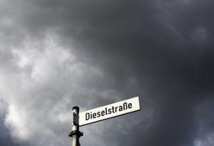 जर्मनी में बढ़ते प्रदूषण के चलते डीजल वाहनों पर बैन