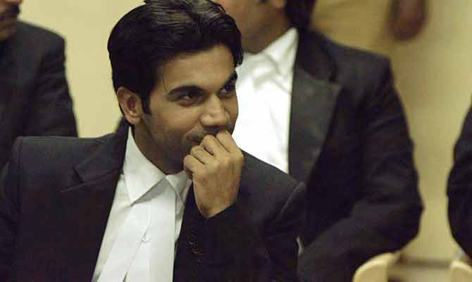 ये हैं हिंदी फिल्मों के टॉप 10 वकील जिनके सामने हीरो भी पानी भरते हैं