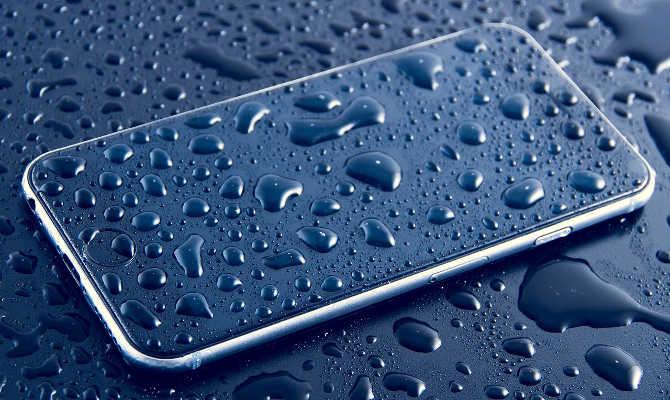 होली पर अपने स्मार्टफोन का ऐसे रखेंगे खयाल,तो नहीं होंगे परेशान