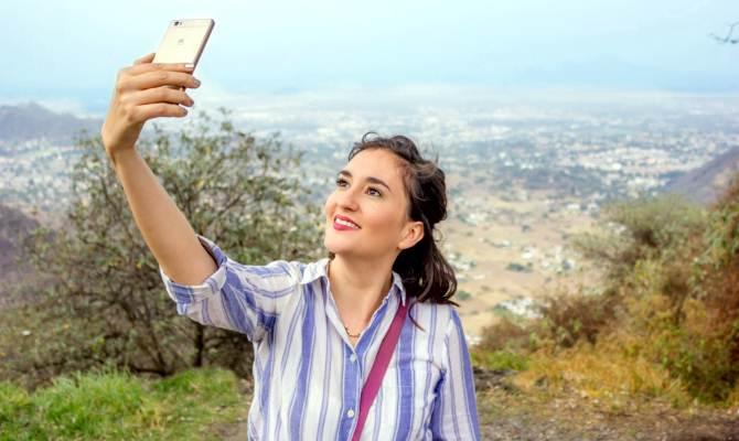 3 रियर कैमरों और 128 जीबी मेमोरी वाला Huawei P20 Pro स्मार्टफोन जल्द हो रहा है लॉन्च, ये हैं फीचर्स