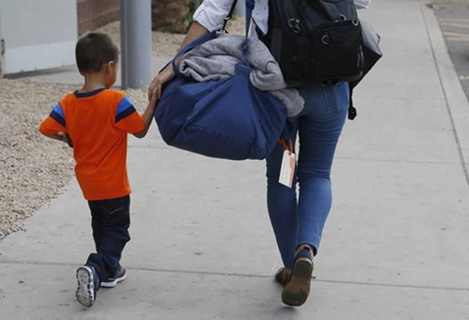 अमेरिका : बॉर्डर पर बिछड़े 58 अप्रवासी बच्चों को दोबारा उनके माता पिता से मिलाया गया