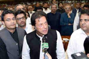 ट्रंप के आरोपों पर इमरान का पलटवार, अपनी नाकामयाबियों के लिए पाकिस्तान को बलि का बकरा ना बनाएं