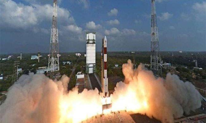 भारत अंतरिक्ष में भेजेगा इंसान, इसरो का 'गगनयान' करेगा ये कमाल