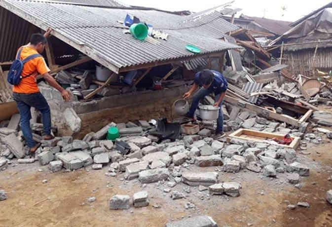 इंडोनेशिया में 6.4 तीव्रता का भूकंप, 14 लोगों की मौत, 160 घायल