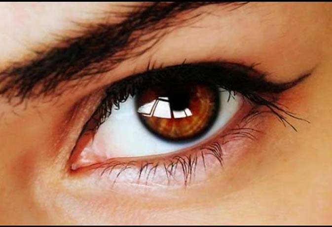 कोर्ट का फैसला, आंखों की रोशनी छीनने वाली को भी गंवानी होगी अपनी आंख