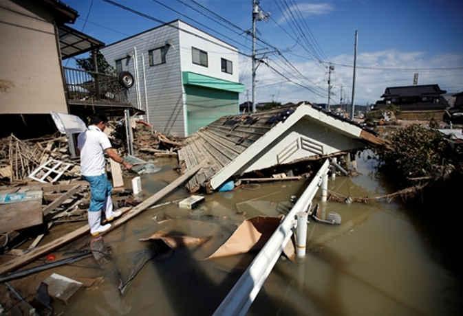 जापान में भारी बारिश से अब तक 104 लोगों की मौत, 56 लापता