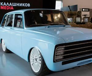AK-47 बनाने वाली कंपनी ने बनाई इलेक्ट्रिक सुपर कार, जो दुनिया की बेस्ट कारों को यूं देगी टक्कर