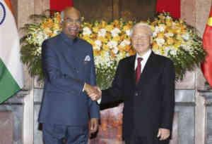 राष्ट्रपति कोविंद ने वियतनाम में भारतीयों से कहा, भारत के साथ जुड़ें और आगे बढ़ने के नए अवसरों का लाभ उठाएं