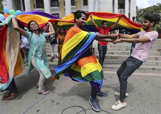 13 देशों में अवैध है समलैंगिक संबंध, मिलती है मौत की सजा