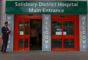 नर्व एजेंट हमला : अस्पताल में इलाज के दौरान ब्रिटिश महिला की मौत