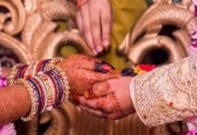 रांची : जानें क्यों शादी के बीते 20 साल बाद दोबारा छपवा रहे विवाह कार्ड