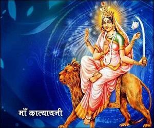 नवरात्रि 2018: छठे दिन करते हैं मां कात्यायनी की पूजा, इस मंत्र से जल्द प्रसन्न होती हैं माता