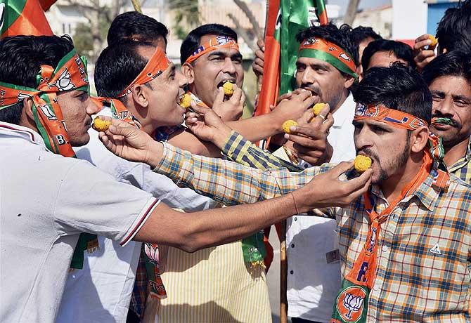 UP Election results 2017: यूपी में इसलिए चला मोदी मैजिक, अगर नहीं पता तो जान लीजिए
