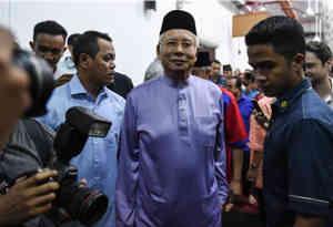 10 मिलियन डॉलर के घोटाले में एंटी करप्शन टीम का सामना करेंगे पूर्व मलेशियाई प्रधानमंत्री नजीब रजाक