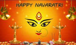 नवरात्रि पर ऐसे दें शुभकामनाएं, तो आपके प्रियजन ही नहीं, मां दुर्गा भी हो जाएंगी प्रसन्न