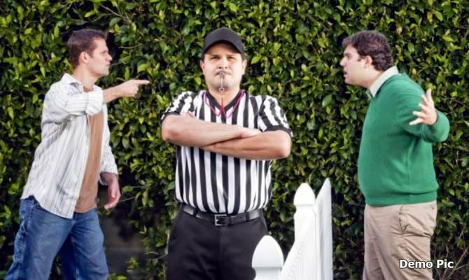यूपी में सबसे ज्यादा लोग अपने पड़ोसियों से परेशान हैं? वजहें जानकर रह जाएंगे हैरान