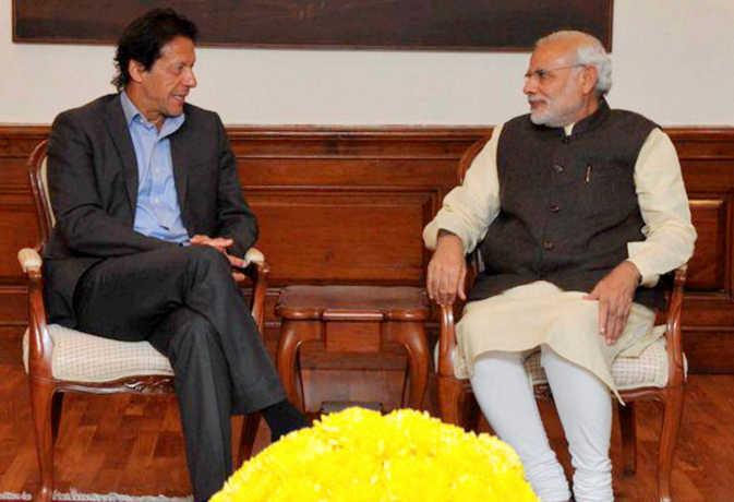 पीएम मोदी ने पाकिस्तान चुनाव में जीत हासिल करने पर इमरान खान को फोन कर दी बधाई