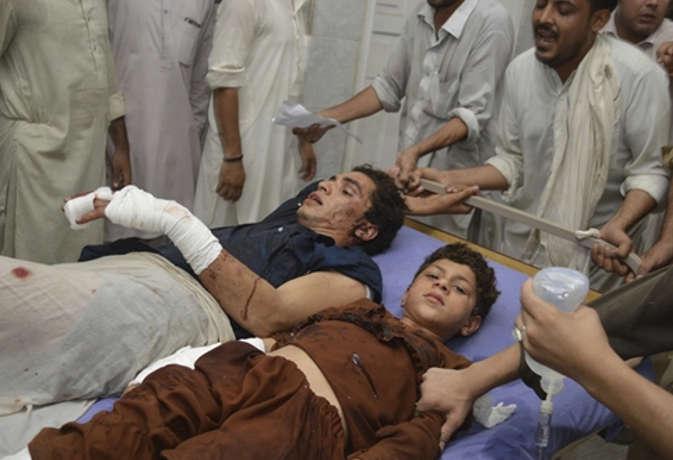 पाकिस्तान में चुनावी रैली के दौरान आत्मघाती हमला, ANP नेता समेत 20 की मौत