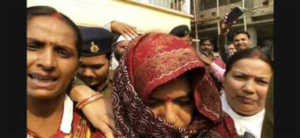 बिहार :  पुलिस के नाक के नीचे छुपी थी पूर्व मंत्री