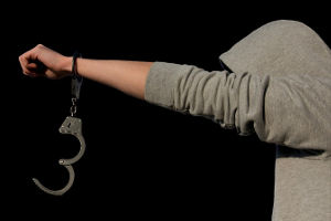 पटना : फरार पांच बाल बंदियों को पकड़ने के लिए 4 जिलों में छापेमारी
