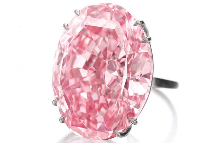रिकॉर्ड कीमत पर नीलाम हुआ पिंक स्टार नाम का हीरा