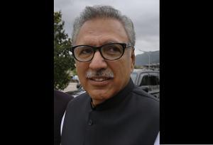 पीएम इमरान खान इनको बनाना चाहते हैं पाकिस्तान का राष्ट्रपति