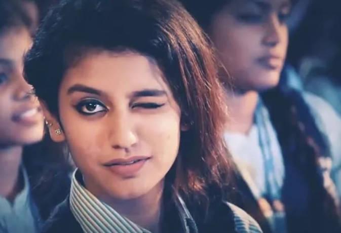 प्रिया प्रकाश ने डेब्यू फिल्म के बाद बढ़ाई अपनी फीस, अब इतने करोड़ की डिमांड
