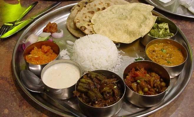 पंजाब में सरकार खिलाएगी 10 रुपये में भरपेट खाना,जानें किन राज्यों में चल रही ऐसी स्कीम