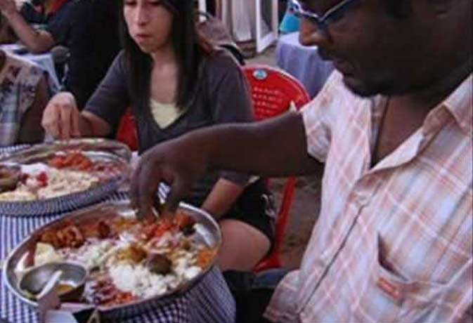 पंजाब में सरकार खिलाएगी 10 रुपये में भरपेट खाना, जानें किन राज्यों में चल रही ऐसी स्कीम