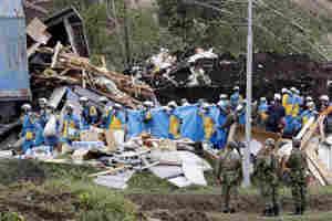 जापान में भूकंप से अब तक 21 लोगों की मौत और 13 लापता, बिजली और पानी की सप्लाई ठप