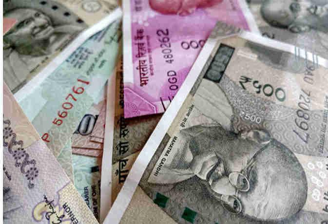बाढ़ से तबाह केरल को फिर से बसाने के लिए यूएई करेगा 700 करोड़ रुपये की मदद