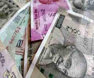 ज्वैलरी मेकर लाल महल ने नोटबंदी के समय की 839 करोड़ रुपये की हेराफेरी, मनमोहन सिंह से होगी पूछताछ