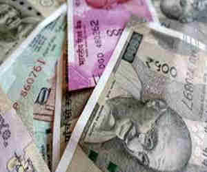 सरकार ने कसा शिकंजा, मेडिकल पीजी बीच में छोड़ी तो अब भरना पड़ेगा 30 लाख रुपये जुर्माना