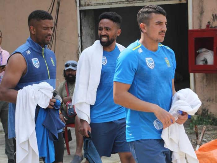 india vs south africa 3rd test: साउथ अफ्रीका के खिलाड़ियों ने होटल में खाया यह डिश,उसके बाद हुआ कुछ ऐसा