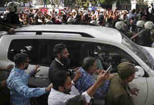 1400 करोड़ के भ्रष्टाचार मामले में नवाज शरीफ के भाई पर पाक अदालत सख्त,  बढ़ाई 14 दिन की रिमांड अवधि